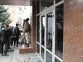 В Хмельницком горит здание областного управления СБУ