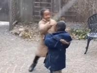 Дети впервые увидели снег и стали звездами интернета