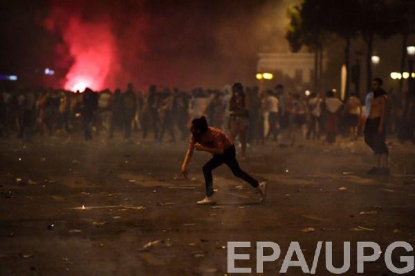 Беспорядки начались сразу после победы национальной сборной