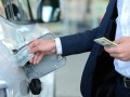 Бензин на АЗС продолжает дешеветь
