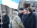 Мэр Славянска отказался брать в руки украинский флаг