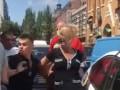Я же мать: Женщина напала на полицейских в центре Киева