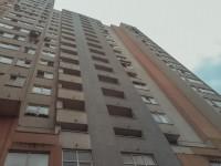 Киевлянка при странных обстоятельствах выбросилась из окна