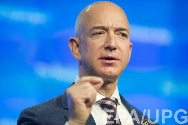 Основатель Amazon Джефф Безос имеет 105,1 миллиарда долларов