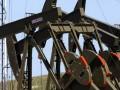 Цена на нефть упала до четырехлетнего минимума