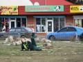 Соцсети взорвали фото крымской уборщицы-йога