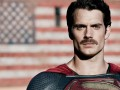 Уморительные фото усатого Супермена слили в Сеть