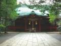 Несколько десятков японцев станцевали Harlem Shake в храме