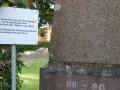 РФ возмущена пояснительными табличками возле советских памятников в Литве