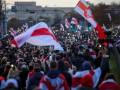 В Минске протесты разгоняют светошумовыми гранатами