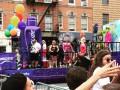 Русскоязычные геи прошли колонной на ЛГБТ-прайде в Нью-Йорке