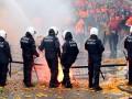 Стычки демонстрантов с полицией в Брюсселе