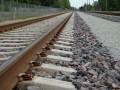 В Киевской области под колесами поезда погиб парень