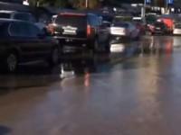 В Киеве кипятком затопило улицу