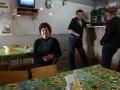 Корреспондент: Жизнь крайних. Как живут люди в разделенном между Украиной и Россией городке Меловое