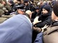 В Одессе на Куликовом поле произошла потасовка между активистами