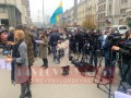 В Киеве протестуют против решений КСУ, жгут файеры