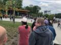 У обновленного зоопарка в Киеве выстроилась огромная очередь