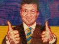 В Санкт-Петербурге появился портрет Зеленского из конфет Roshen