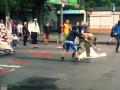 В Одессе титушки имитировали драку: видео фейковой акции