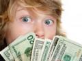 Как в разных странах учат детей обращаться с деньгами