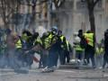 Число задержанных на протестах в Париже превысило 140