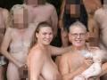 Секс-куклы, святая вода и голая свадьба: фото дня