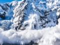 Спасатели предупредили об усилении лавин в Карпатах