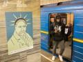 Эпатажная выставка о Шевченко в метрополитене удивила киевлян
