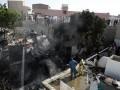 При крушении самолета в Пакистане погибли более ста человек