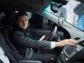 Президент за рулем автомобиля проверил отремонтированную дорогу