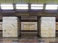 Пролетела несколько ступенек: в киевском метро травмировали девушку на эскалаторе