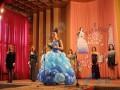 В мусорных пакетах и на лабутенах: соцсети позабавил конкурс красоты в оккупированном Луганске