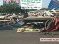 В Первомайске грузовик сбил пешехода и снес жилой дом