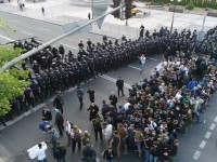 Полиция против С14: стычки в центре Киева сняли с беспилотника