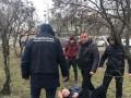 Бросался деньгами и убегал: В Харькове словили копа-взяточника