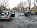 В Луцке столкнулись три автомобиля, два человека погибли