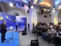 Порошенко заявил, что обеднел за время президентства