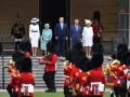 Королева Елизавета II приняла Трампа с женой