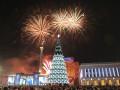 В Киеве уже монтируют новогоднюю елку (ФОТО)