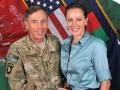 Бывший глава ЦРУ в переписке с любовницей использовал приемы Аль-Каиды