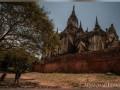 Туристы сняли порно в храме Мьянмы: их разыскивает полиция