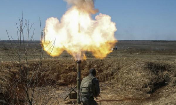 Боевики обстреляли Тельманово в поселке нет света воды и связи