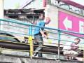 Шулявский мост в Киеве покрасили в цвета украинского флага