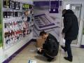 В Луцке полицейские со стрельбой задержали грабителей банка