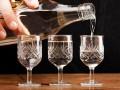 Казахстан запретил водку и пиво из России