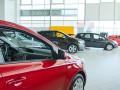 Украинцы стали покупать больше легковых авто