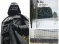 День в фото: памятник Дарт Вейдеру, Путинская улица и палатки у Кабмина