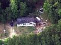 В США самолет упал на жилой дом: есть жертвы