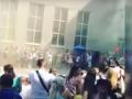 В Днепре на школьной линейке подорвали дымовую шашку